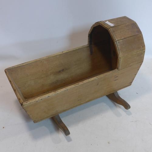 259 - A 19th century pine crocking crib...