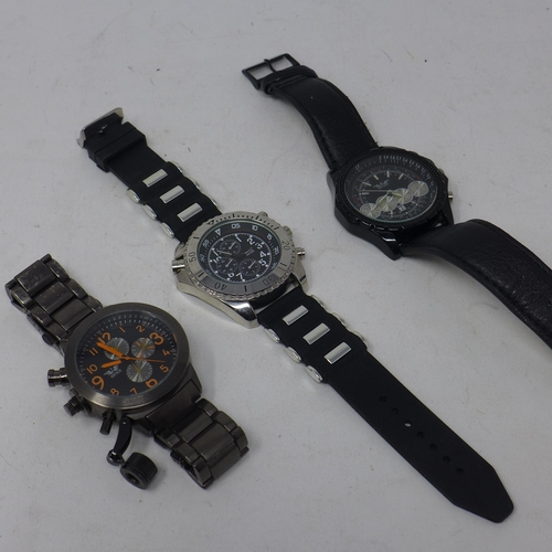 8 - Two boxed Softech gentleman's wristwatches, together with another Softech gentleman's wristwatch (3)...