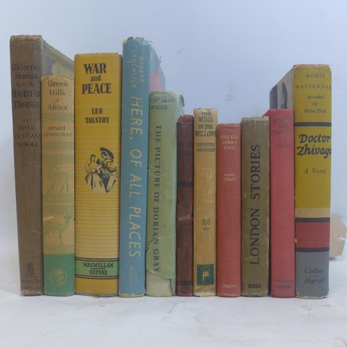 131 - A collection of books, to include Ernest Hemingway, 'Green Hills of Africa', Jonathan Cape London 19...