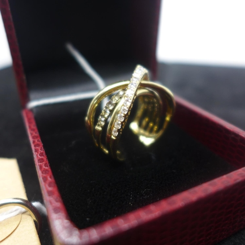 305 - A boxed 14ct yellow gold ring composed of 5 rows and set with round, white and champagne-coloured br...