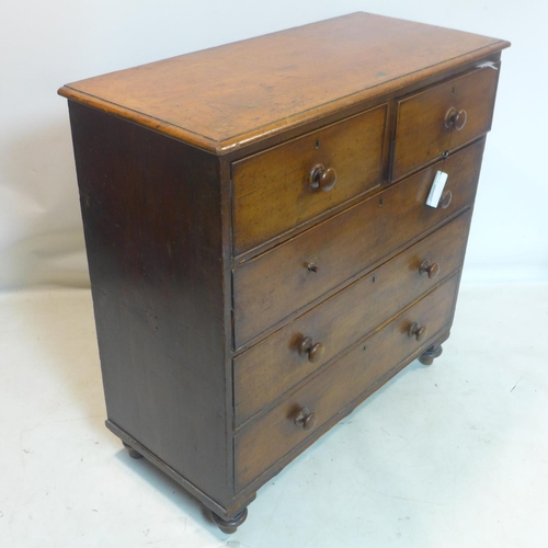 532 - A 19th century mahogany chest of drawers, raised on bun feet, H.105 W.106 D.48cm...