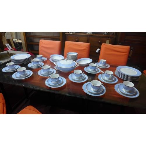 605 - A modern Doulton porcelain service...
