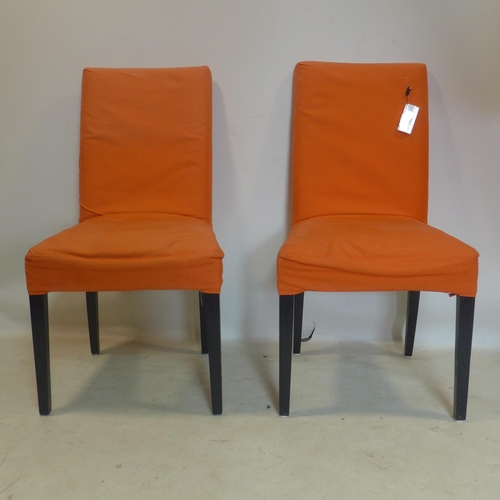 547 - A set pf 8 contemporary dining chairs with removable covers...