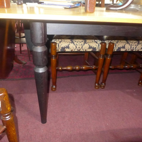 516 - An SCP dining table by Russell Pinch, with light oak top, raised on ebonized legs, H.75 W.210 D.95cm...