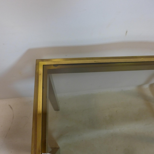 80 - A vintage brass console table with glass top, H.77 W.91 D.35cm...