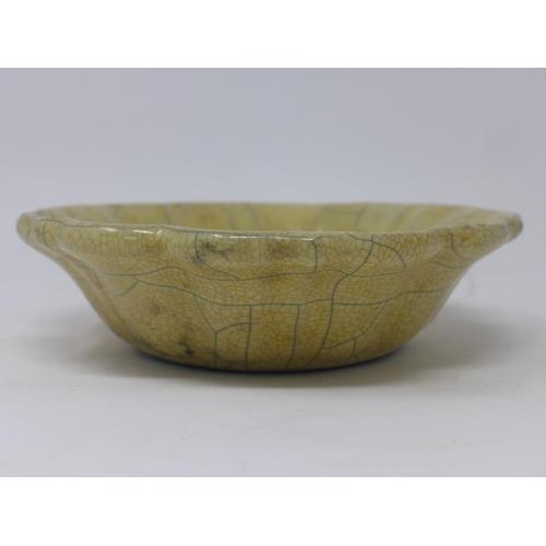 90 - A Chinese crackle glazed bowl of floral design, H.5cm Diameter 17cm...