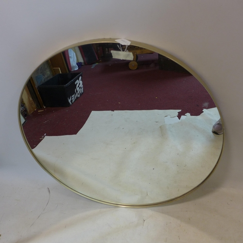 543 - A large contemporary circular gilt mirror, Diameter 91cm...