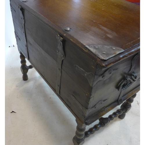 548 - An 18th century style oak chest/trunk on stand, H.68 W.76 D.44cm...