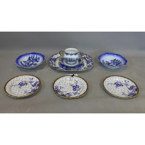 507 - A collection of porcelain and ceramics, to include a pair of blue, gilt edged deep fruit bowls with ...