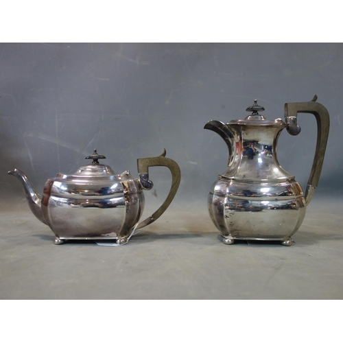 43 - A silver teapot and coffee pot, William Bush & Sons (probably), Sheffield 1957, 1404g, approx 45 tro...