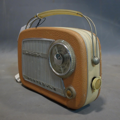 559 - A vintage Portadyne Minx radio, H.16 W.22cm...