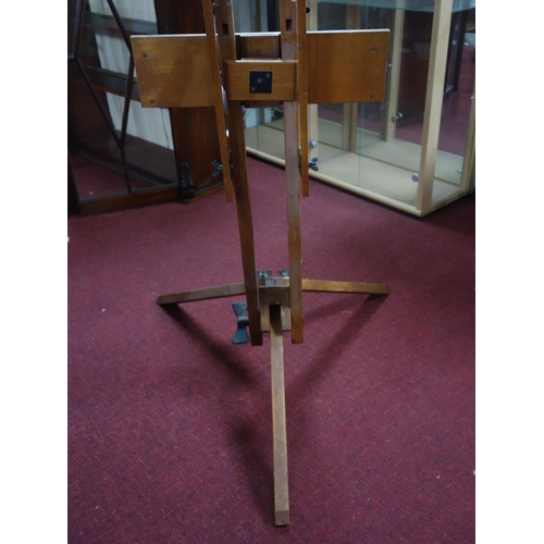 562 - A large artist's easel, 1970's...