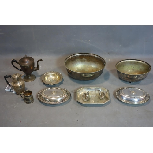 504 - A collection of silver plated ware, to include two Walker & Hall Tureens, a teapot, dish, two plate ...