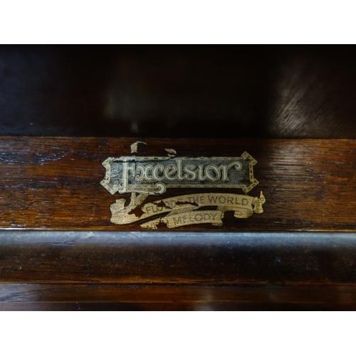 429 - A vintage oak cased Excelsior gramophone, H.77 W.67 D.47cm...