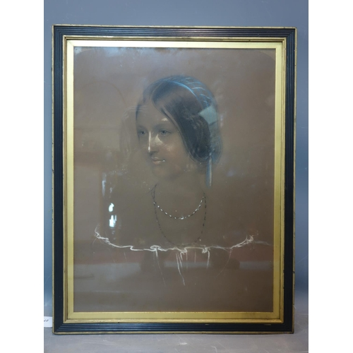279 - A Victorian pastel portrait of a lady, set in gilt and ebonized frame, 52 x 39cm...
