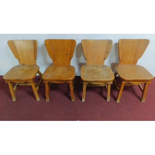 204 - A set of four continental country style pine dining chairs.  H.81 W.47 D.42cm...