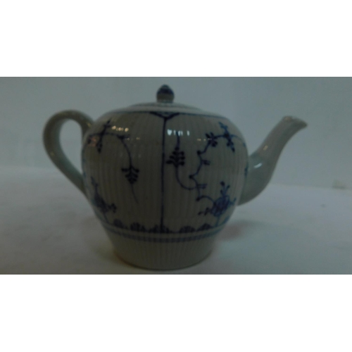 219 - A 19th century blue and white teapot and other jugs and tankards (5) Jugs H.18 W.14cm (largest)...
