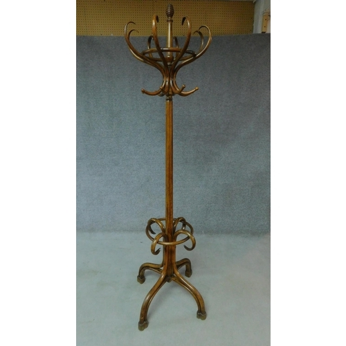 22 - A late 19th century bentwood coat stand in beechwood. H.221cm...