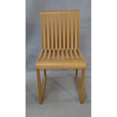 89 - A Shim and Tomoko Azumi comb chair with Benchmark disc to underside and a Jasper Morrison plywood ch...