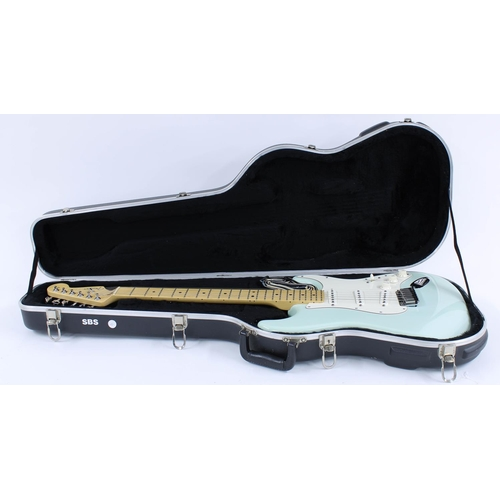 15 - 2001 Fender American Standard Stratocaster electric guitar, made in USA, ser. no. Z1xxxxx6; Finish: ...