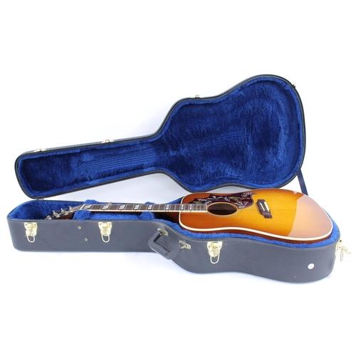 26 - 2006 Gibson Hummingbird electro-acoustic guitar, made in USA, ser. no. 0xxx6xx8; Finish: mahogany ba...
