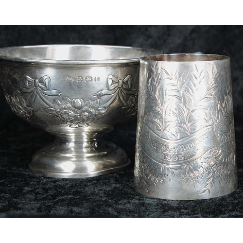 507 - Small silver pedestal bowl, with repousse ribbon and garland decoration, engraved presentation date ...