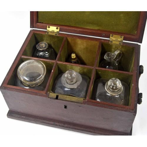571 - Georgian mahogany apothecary/decanter box, the hinged cover enclosing six division green baize lined...