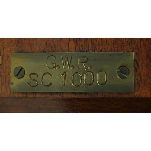 1019 - Great Western Railway (G.W.R) mahogany single fusee 12