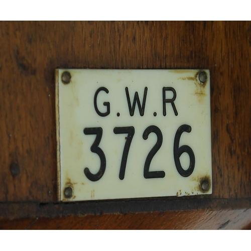 1020 - Great Western Railway (G.W.R) oak single fusee 12