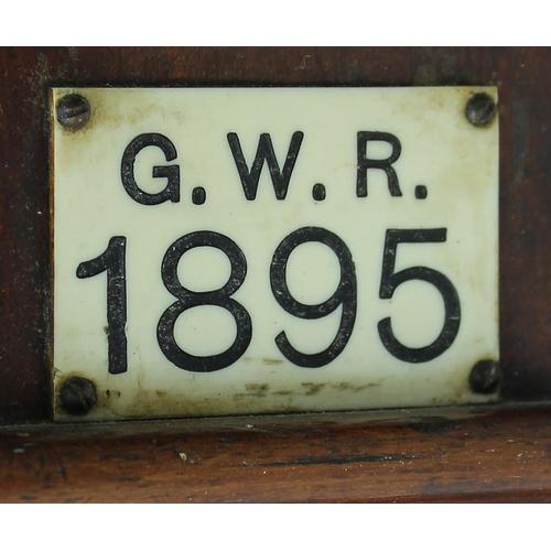 1023 - Great Western Railway (G.W.R)mahogany12