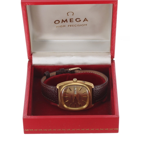 33 - Omega Seamaster quartz gold plated and stainless steel gentleman's wristwatch, the champagne dial wi...