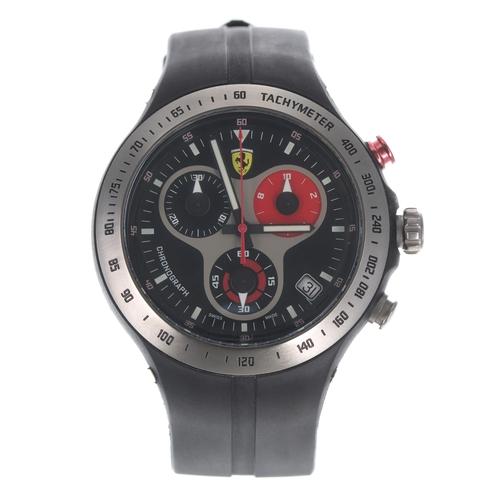 552 - Ferrari Scuderia Chronograph gentleman's wristwatch, black dial with rubber band, 42mm-** with box a...