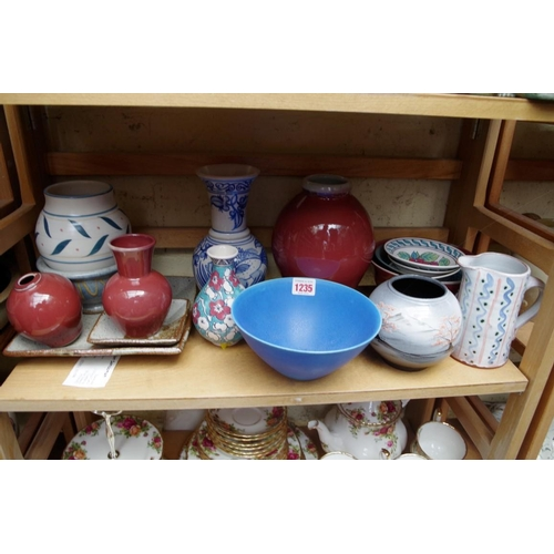 1235 - <strong>Studio Pottery:</strong> a collection of seventeen items, to include examples by Donald Mill...