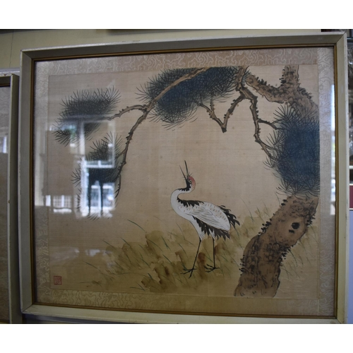 654 - <strong>Chinese School,</strong> a hen; a crane, a pair, signed with seal, watercolour, 34 x 42cm. (...