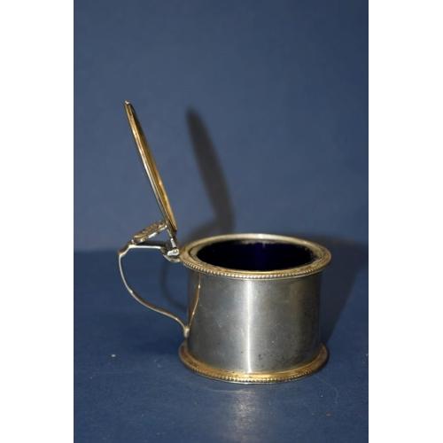 14 - A Victorian silver drum mustard, by Charles Thomas Fox & George Fox,London 1854, 5cm, 114g....
