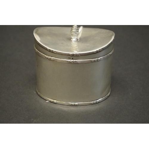 2 - <strong>An Edwardian silver sugar box</strong>, by<em>Charles S Green &amp; Co Ltd,</em> Birmingham...
