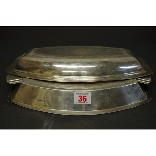 36 - <strong>An Art Deco silver serving dish and cover,</strong> <em>by Emile Viner,&nbsp;</em>Sheffield ...