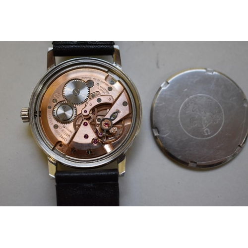163 - <strong>A 1960s Omega Seamaster 600 stainless steel gentlemans manual wristwatch,</strong> cal 601, ...