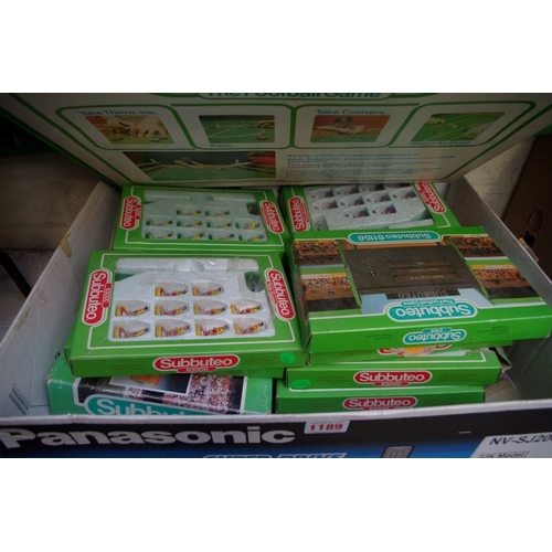 1189 - <strong>A collection of boxed Subbuteo items. </strong>...