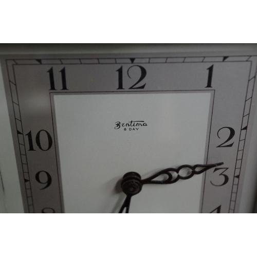 1378 - <strong>An Art Deco chrome mantel timepiece</strong>, the dial inscribed 'Bentima', 16.5cm high.&nbs...