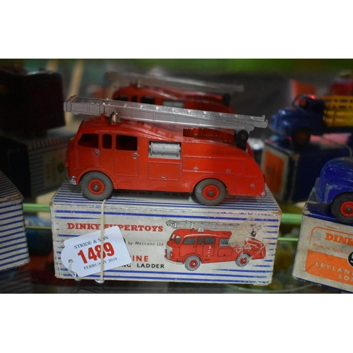 1489 - <strong>A Dinky 955 fire engine with extending ladder, </strong>boxed....