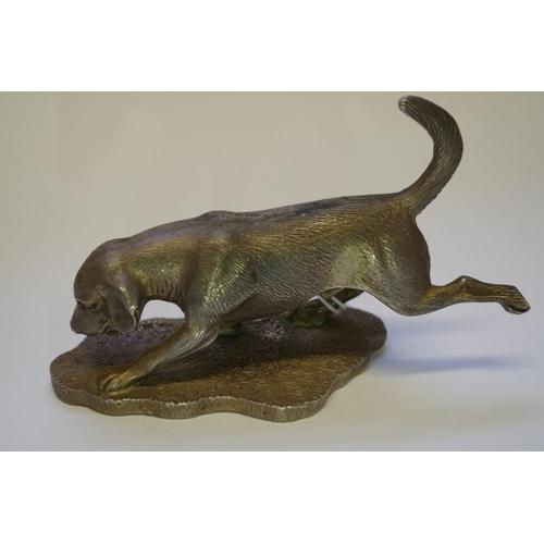 12 - <strong>A silver Beagle,</strong>modelled<em>by A.E Jones</em>, Birmingham 1987, 12cm, 342g....