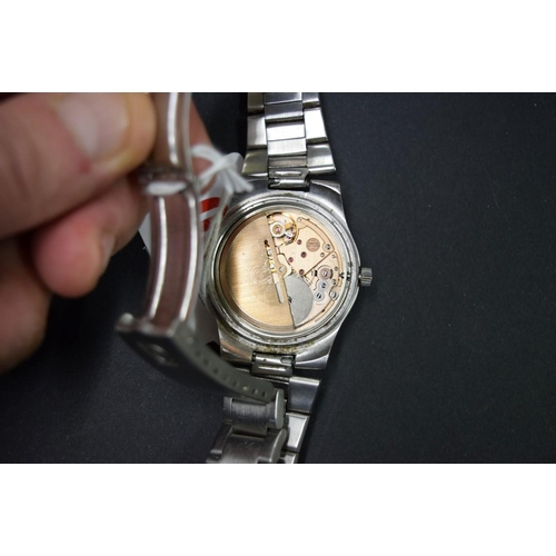 160 - <strong>A vintage Omega stainless steel automatic gentlemans wristwatch,</strong>cal 1012, movement...
