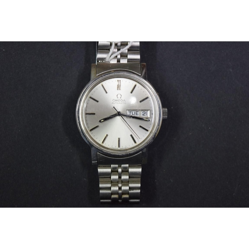 161 - <strong>A vintage Omega stainless steel automatic gentlemans wristwatch,</strong> cal 1020, serial n...