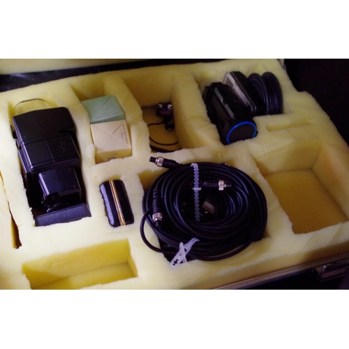 1684 - <strong>Cameras:</strong>a large collection of cameras, lenses, filters, and related, to inclu...
