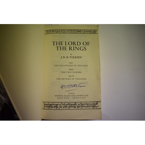 530 - <strong>TOLKEIN (J R R): </strong>'The Lord of the Rings': one volume India paper edition, London, G...