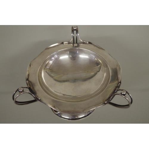 20 - <strong>An Art Nouveau silver tazza,</strong> <em>by James Deakin & Sons</em>, Sheffield 1906, 1...