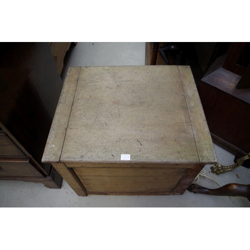 1110A - <strong>A late 19th/early 20th century mahogany campaign box commode</strong>, 60cm wide....