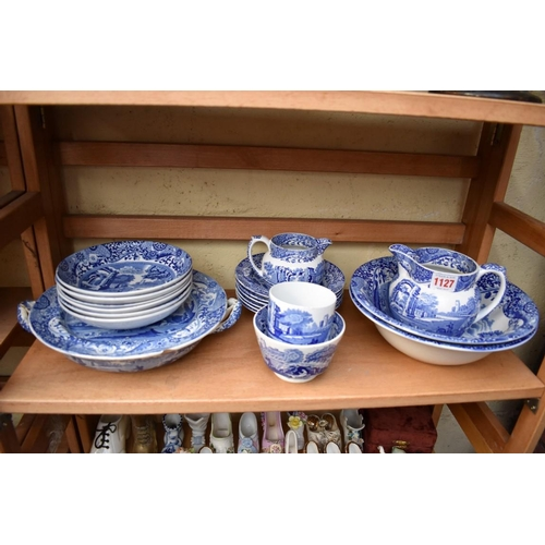 1127 - <strong>A matched group of Italian pattern pottery.</strong>...