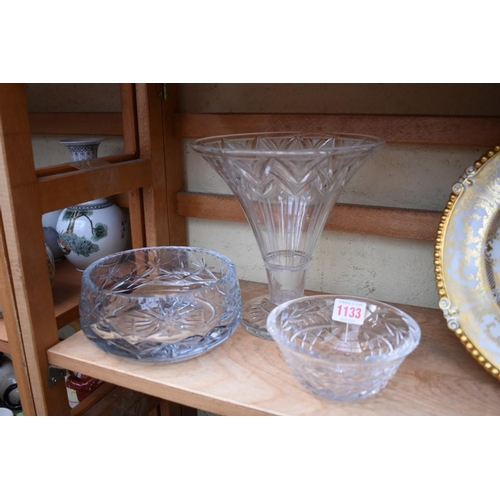 1133 - <strong>An Art Deco clear glass vase, </strong>21cm high; together with two cut glass bowls.&nb...